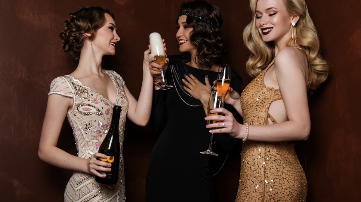 アルコールの驚くべき美容効果!送別会も美容の時間に変える方法